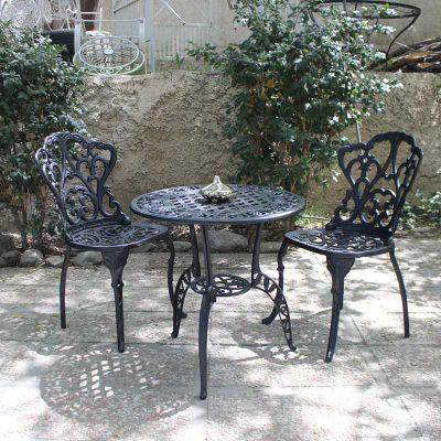 مبلمان باغی دو نفره