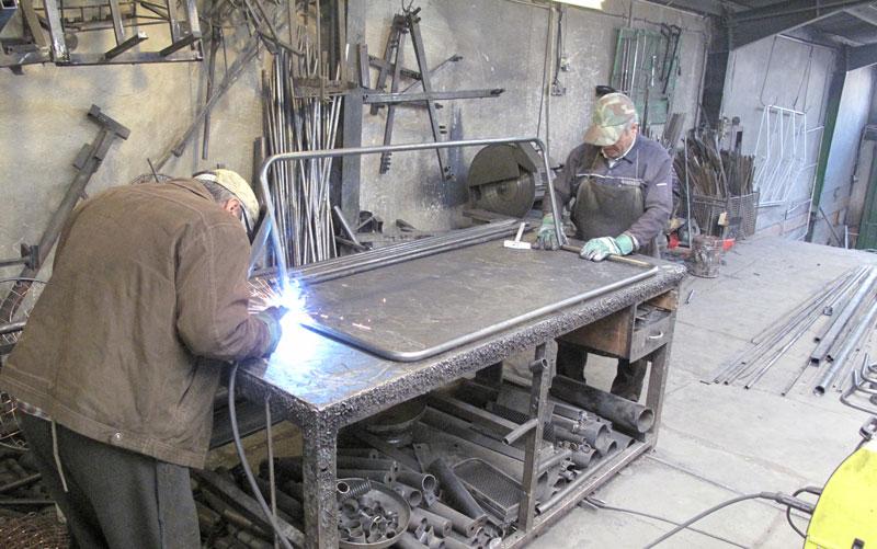 ویلاپارک تولید کننده مبلمان باغی
